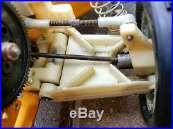 AE Early B stamped Vintage RC10 Body Wing Roller NICE