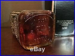 Jack Daniels Whiskey Print CAMEO 1976 One Pint Bottle, Box & Tax Stamp (Intact)