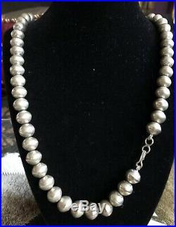 Vintage Handmade Navajo 925 Sterling Silver Stamped Pearl Bead Necklace 22.5