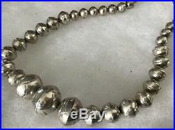 Vtg. Stamped Graduated Navajo Bench Sterling Pearls Silver Beads 26Necklace -65g